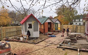 ab occupy-madison-tinyhouse